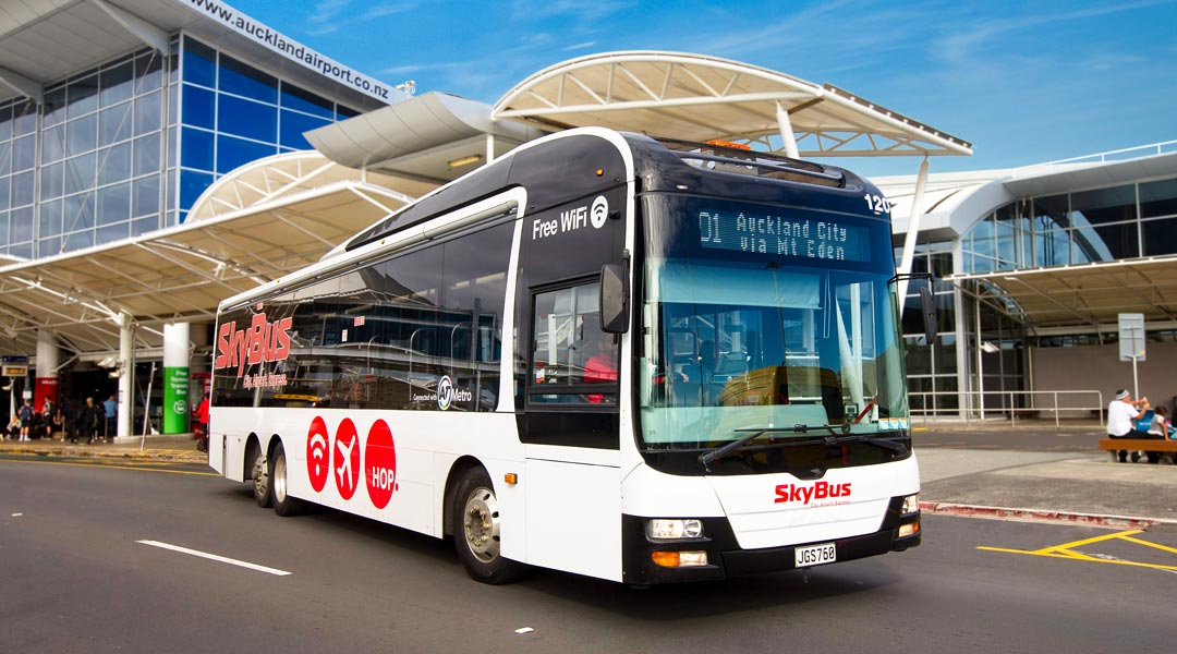 SkyBus at Auckland Airport